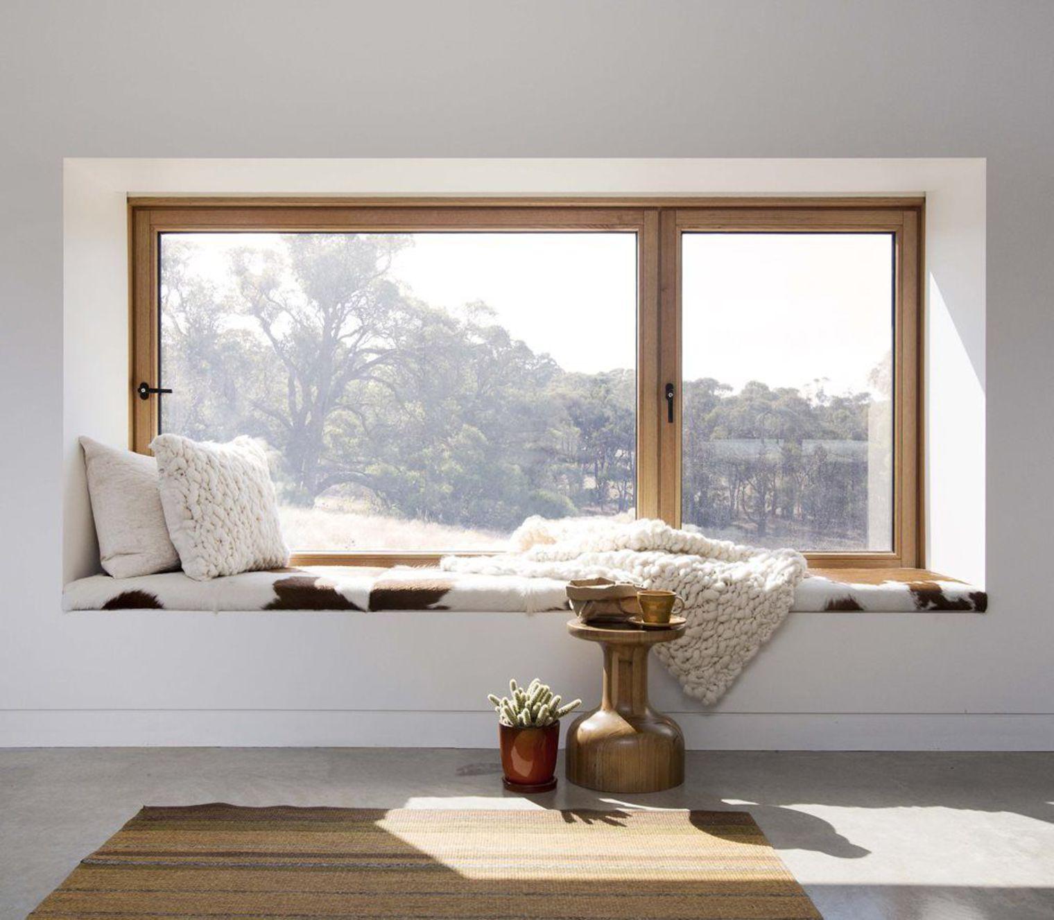 12 astuces pour décorer avec brio les rebords de fenêtres