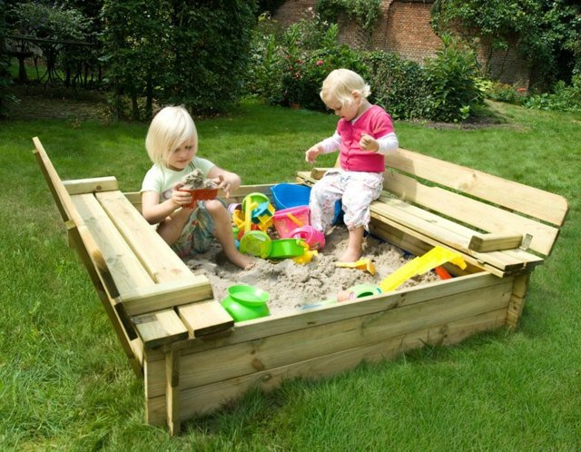 16 mani res de recycler vos palettes en bois for Bac en bois jardin