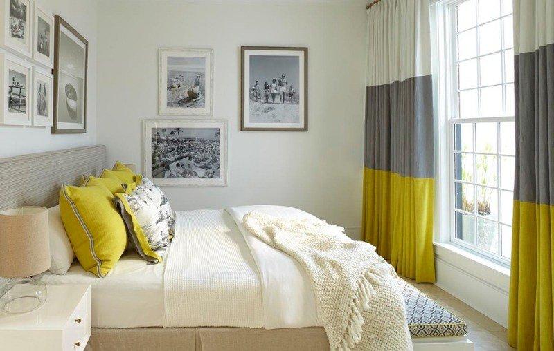 décoration-intérieur-jaune-gris-chambre-coucher-rideau-rayures-coussins-couverture