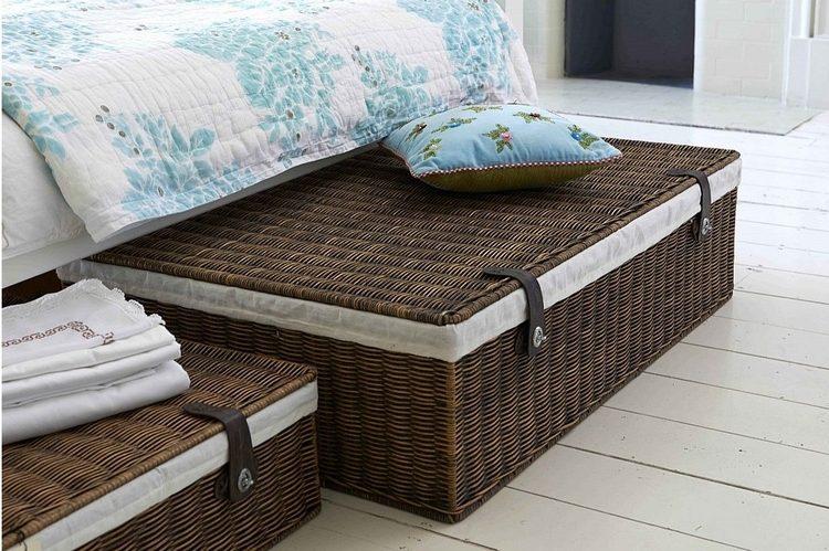 9 astuces faciles pour relooker sa chambre coucher - Lit avec rangement dessous ...