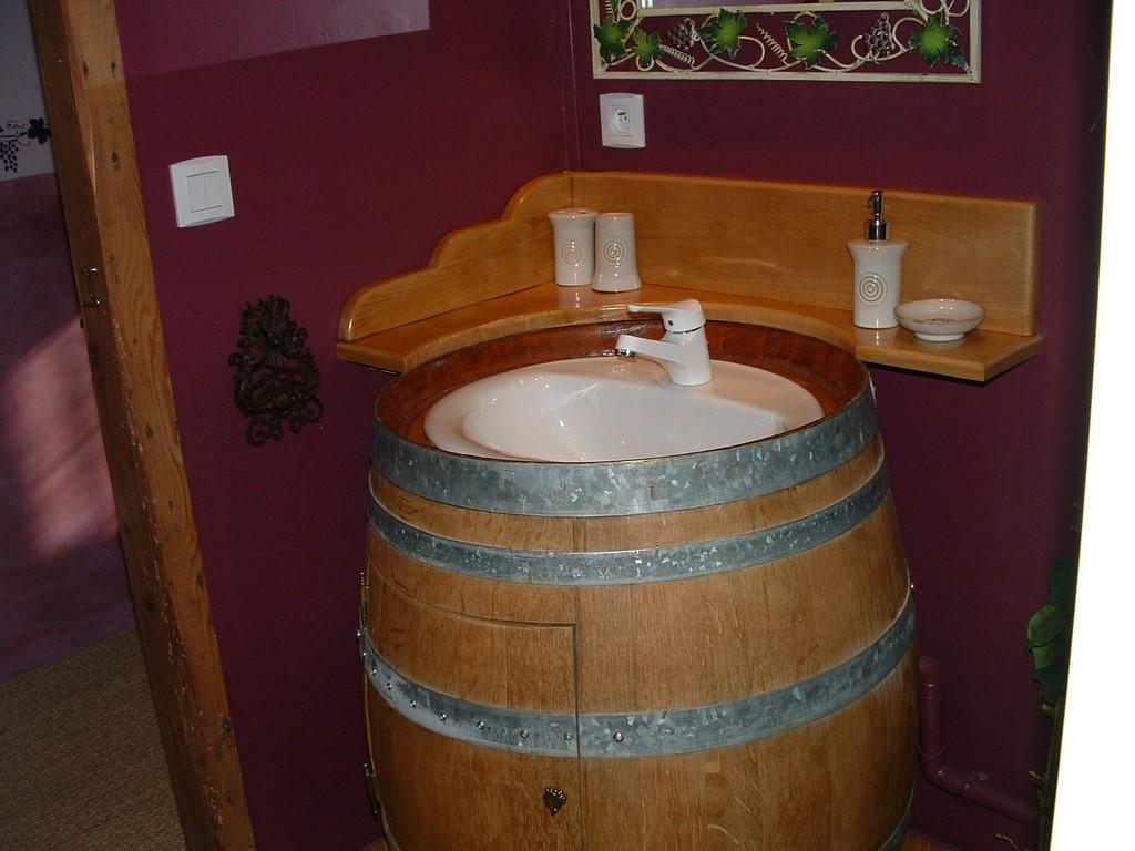 Meuble En Tonneau De Vin 12 façons de recycler les tonneaux de vin