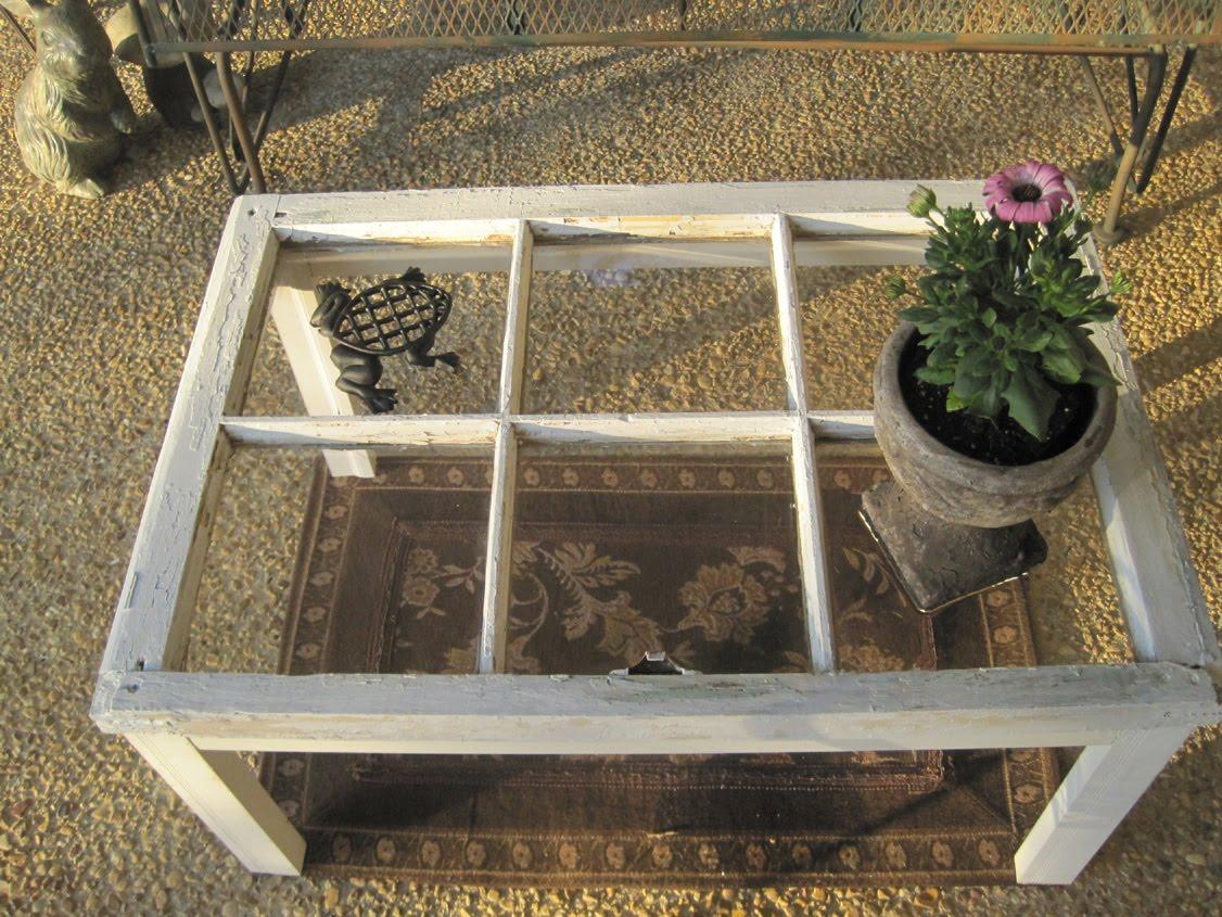 15 id es astucieuses faire avec les vieilles fen tres. Black Bedroom Furniture Sets. Home Design Ideas
