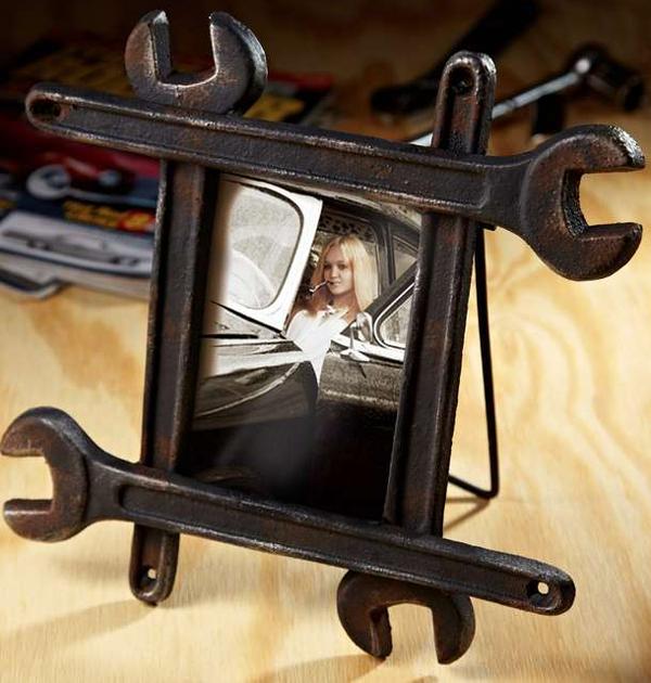 15 mani res de recycler les vieux outils qui tra nent dans le garage. Black Bedroom Furniture Sets. Home Design Ideas