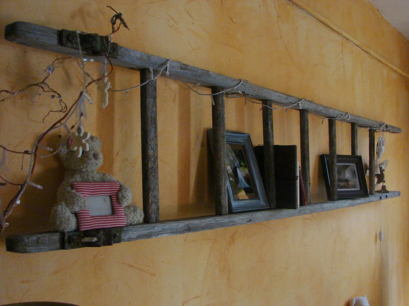 Deco Avec Une Echelle En Bois 17 façons de recycler les vieilles échelles