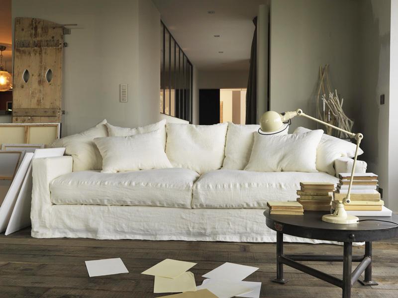 housse de canapé en lin froissé 9 idées pour décorer sa maison avec du lin housse de canapé en lin froissé