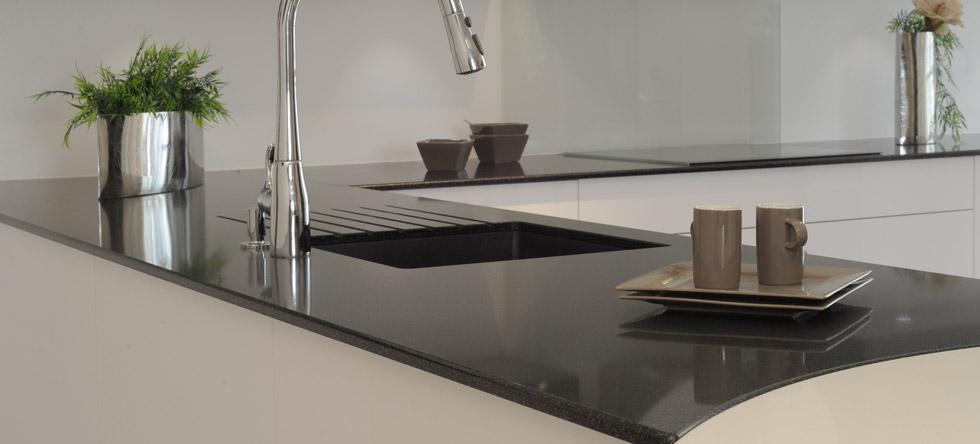 plan de travail cuisine resistant chaleur trendy plan de travail en cramique de cuisine. Black Bedroom Furniture Sets. Home Design Ideas